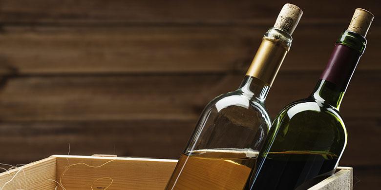 בקבוקי יין