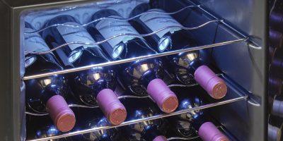 מקרר יין 24 בקבוקים